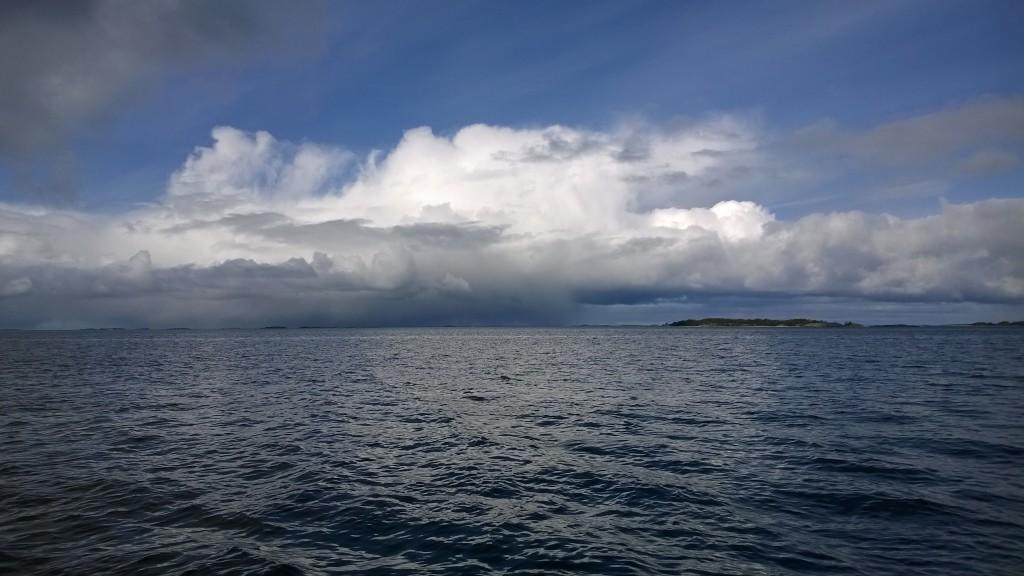 Sadepilvi näkyvissä